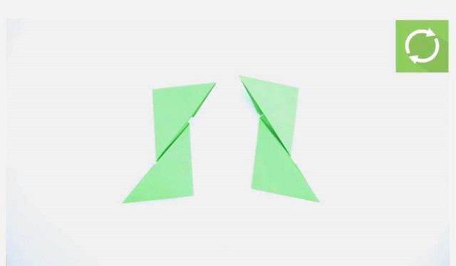 Gấp một lần nữa để tạo thành 2 hình tam giác to ngược chiều